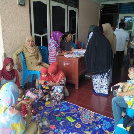 Album : Keg POSYANDU MAWAR di Dusun 1