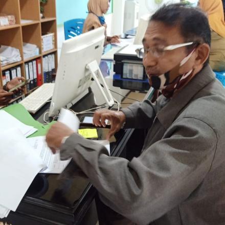Album : Kegiatan Pelayanan di Kantor Desa
